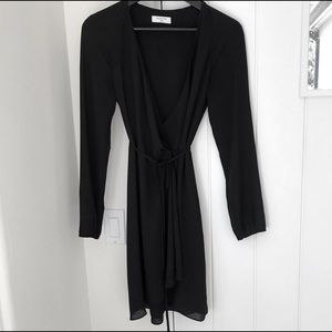 Black Aritzia/Babaton Wallace Dress